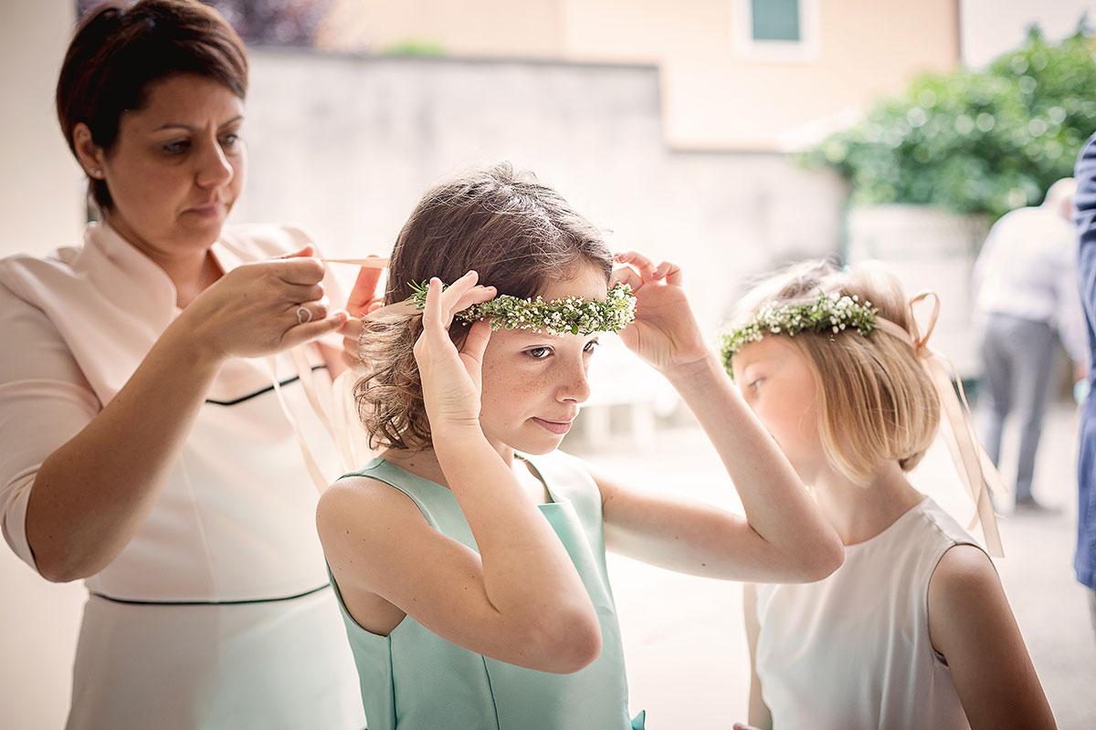 foto dei preparativi del matrimonio a padova, la damigella