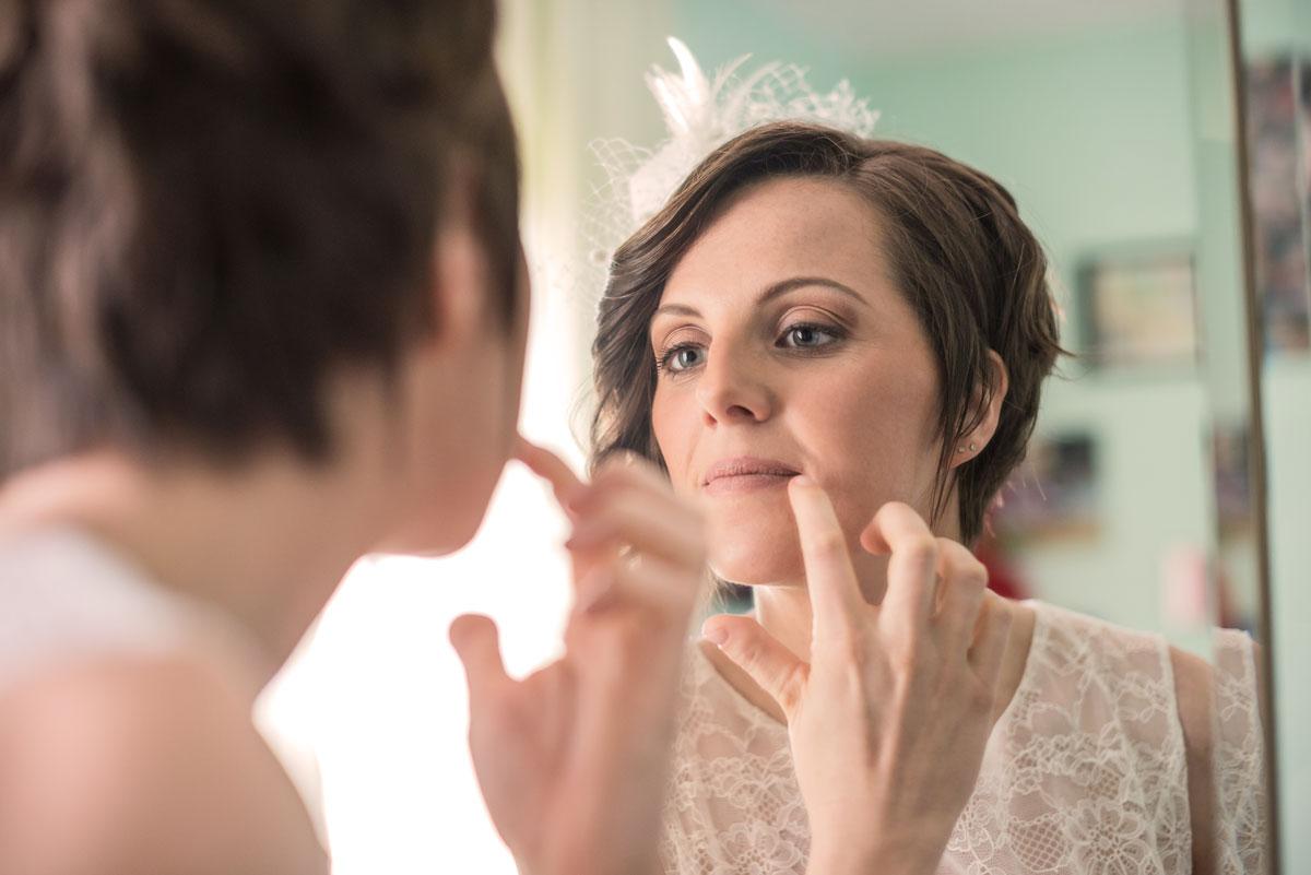 foto dei preparativi per il matrimonio a padova, la sposa